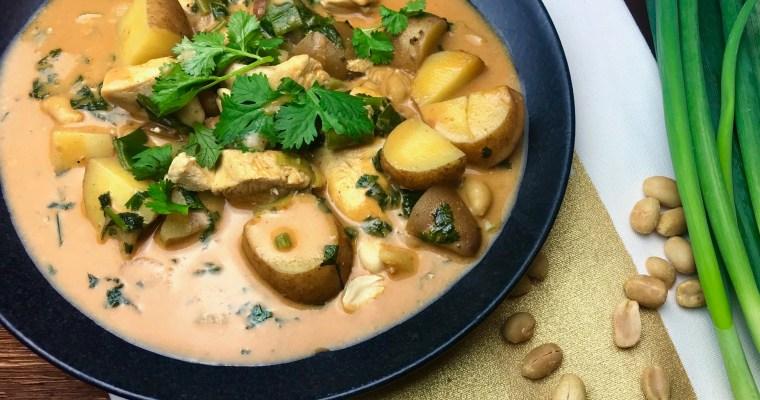 Hähnchen-Curry im Massaman-Style