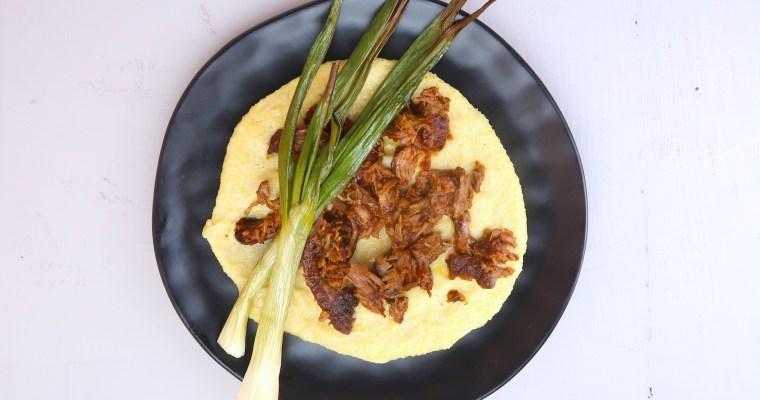 Pulled Lammkeule auf Polenta-Creme mit Parmesan