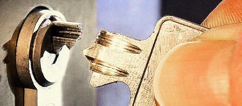schl sseldienst denkendorf 24std schlossdienst schl ssel notdienst denkendorf. Black Bedroom Furniture Sets. Home Design Ideas