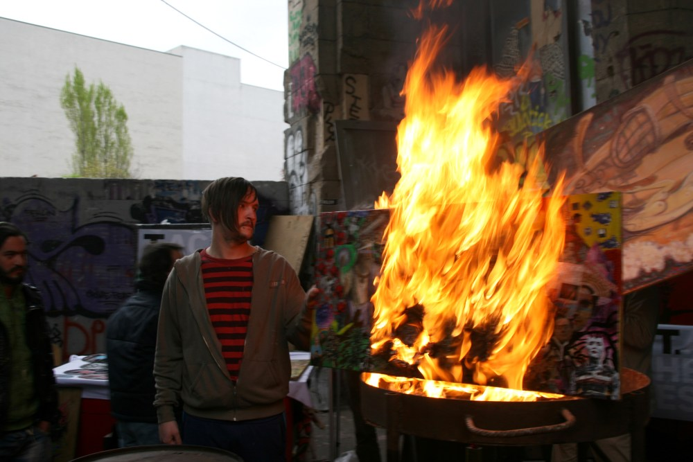 Das Tacheles lässt sich nicht wegdiskutieren. Der Strassenfeger berichtet über die neuesten Entwicklung im Streit um das weltberühmte Kunsthaus und was sich daraus für die Zukunft Berlins abzeichnet (1/5)
