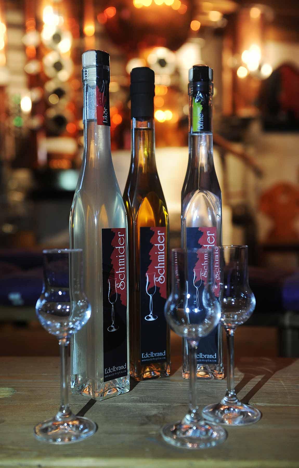 schnapsbrennerei tirol ausgezeichnete liköre