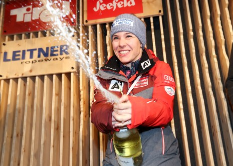 SANKT MORITZ,SWITZERLAND,07.FEB.17 - ALPINE SKIING - FIS Alpine World Ski Championships, side events, OESV house, TirolBerg, medal party. Image shows Nicole Schmidhofer (AUT). Keywords: champagne shower. Photo: GEPA pictures/ Harald Steiner