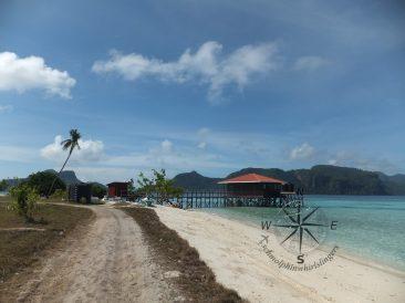 Explore Sabah, Mantabuan Island, Semporna 2014 - The mini Jetty