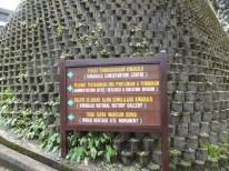 Mount Kinabalu Entrance Signboard