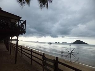 Seaside Travellers Inn Restaurant with Beach view overlooking Pulau Dinawan and Pulau Mantukud in Kinarut
