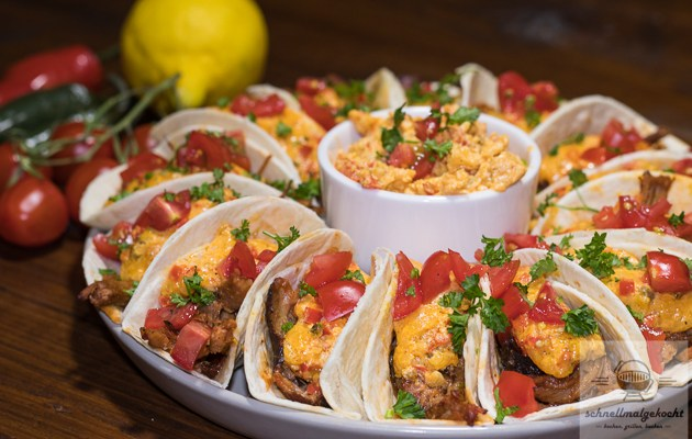Pulled Pork Pimento Cheese Tacos