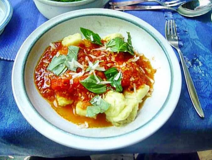 Gnocchi mit Tomatensoße-31.8.14   (25)