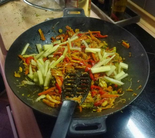 Wokgemüse mit Omlette - 23.11.14   (30)