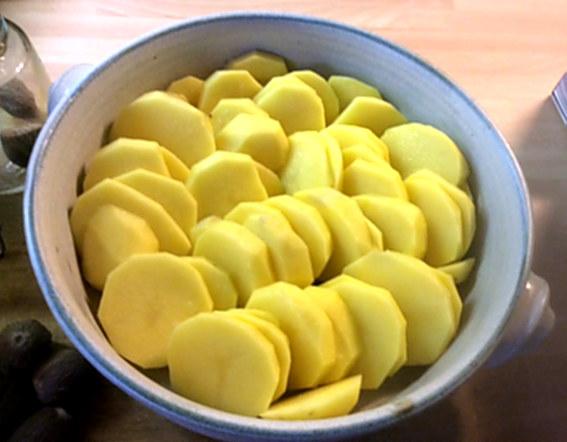8.1.16 - Kartoffelgratin,Pak Choi,Endiviensalat,vegetarisch (7)