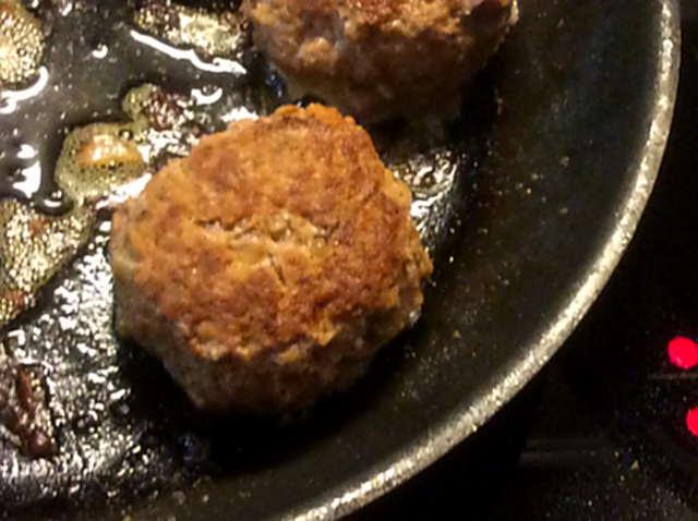 21.2.16 - Frikadellen,Kartoffelpü,Gurkensalat,Brokkoli,Dessert, (12)