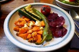 5.2.16 - Gemüse,gebackene Süßkartoffel,Rote Betesalat (11)
