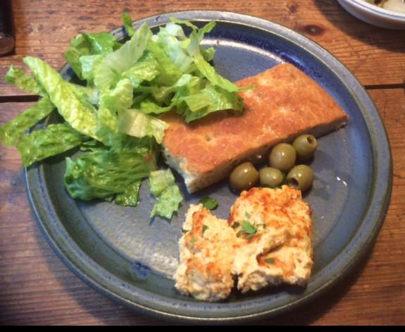 13.3.16 - Focaccia,Hummus,Salat,Obstsalat,vegan (1)