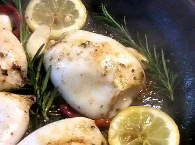 13.4.16 - Tintenfisdch Tuben,Tomaten,Baguette   (11)