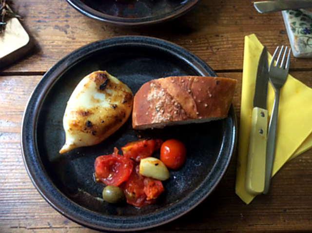 13.4.16 - Tintenfisdch Tuben,Tomaten,Baguette   (15)