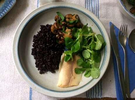 27.4.16 - Schwarzer Reis,Sauce,Feldsalat,Dessert (13)