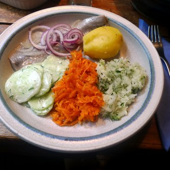 26.5.16 - Hering,Salate,Dessert,prscetarisch (12)