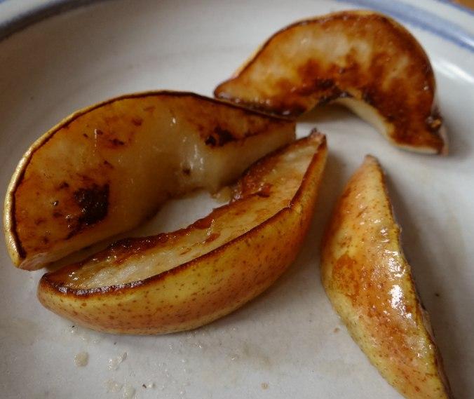 Dillsauce,Kartoffeln,Eier,Birnen (5)