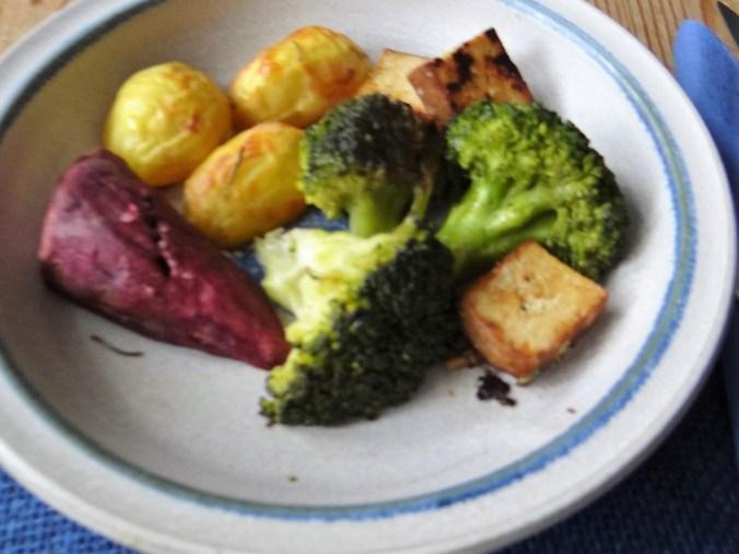 Ofenkartoffeln,Brokkoli,Räuchertofu (7)