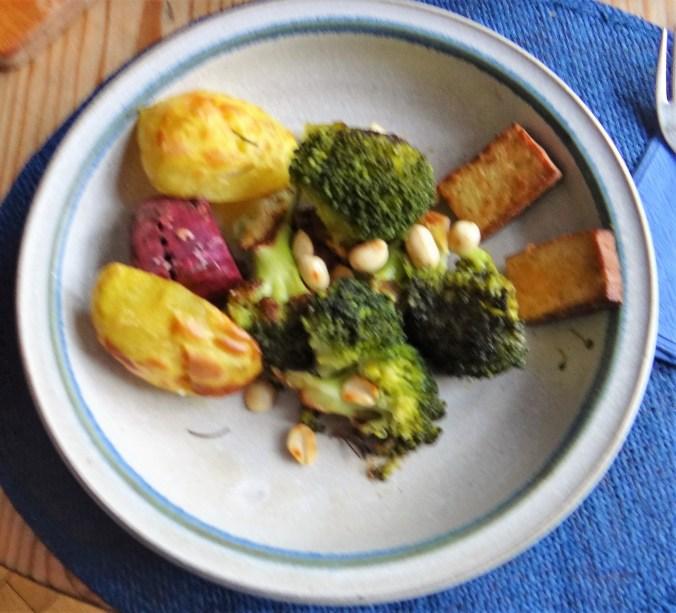 Ofenkartoffeln,Brokkoli,Räuchertofu (8)