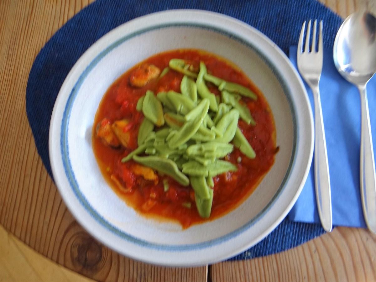 Scharfe Tomatensauce mit Muschel