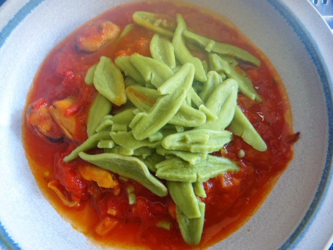 Scharfe Tomatensauce mit Muscheln (17)