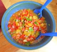 Rote Linsenspaghetti,kalte Tomatensauce (12)