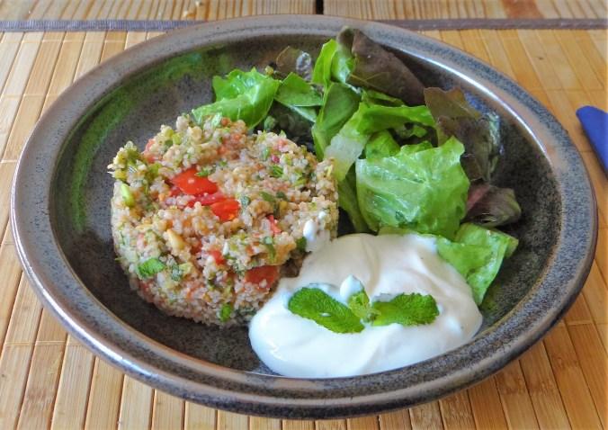 Tabouleh,Joghurt Dip,Salat (17)