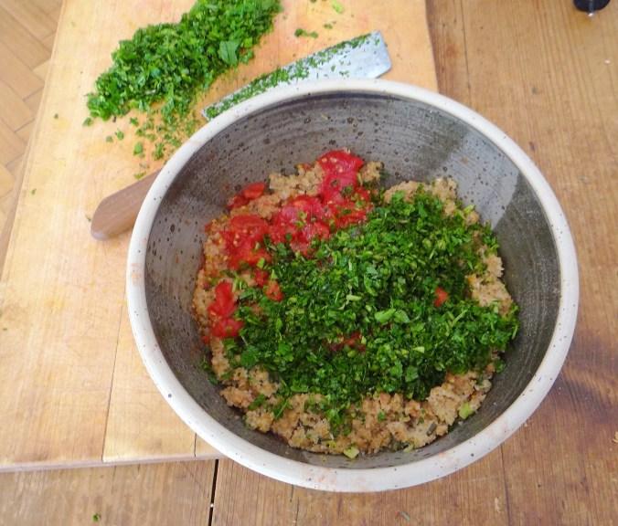 Tabouleh,Joghurt Dip,Salat (8)