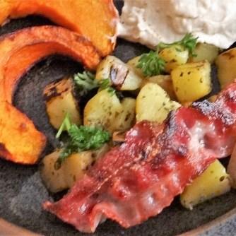 Kürbis,Hummus,Kartoffeln,Bacon (15)