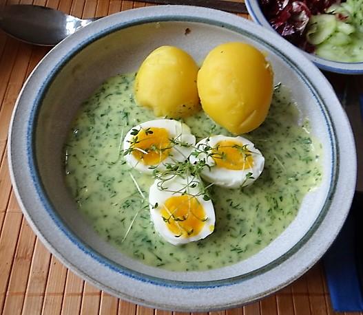 Kräutersauce,Eier,Salate,Pellkartoffeln (1)
