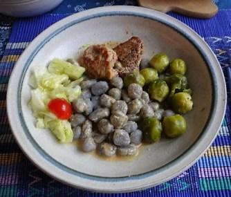 Wildschwein Medaillons,Sepia Gnocchis . (10)