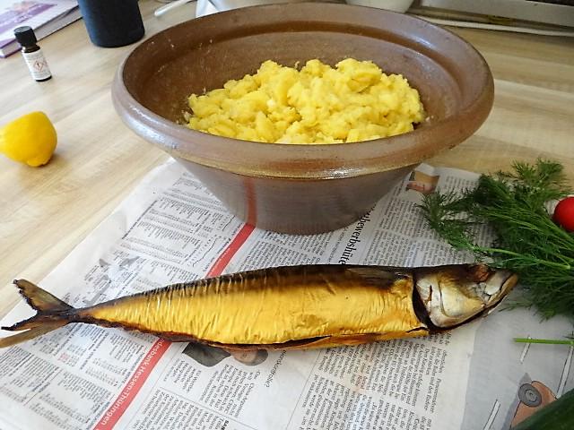 Kartoffelsalat und gräucherte Makrele,Birne in Glühwein , (14)