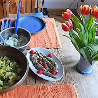 Kartoffelsalat und gräucherte Makrele,Birne in Glühwein , (16)