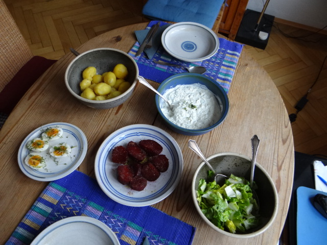 Meerrettichquark,Rote Beete,Ei,Salat,Pellkartoffeln (4)