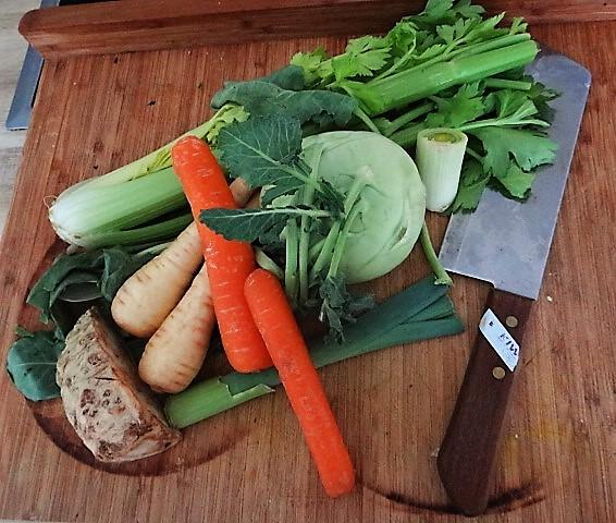 Asiatische Gemüsesuppe (5)