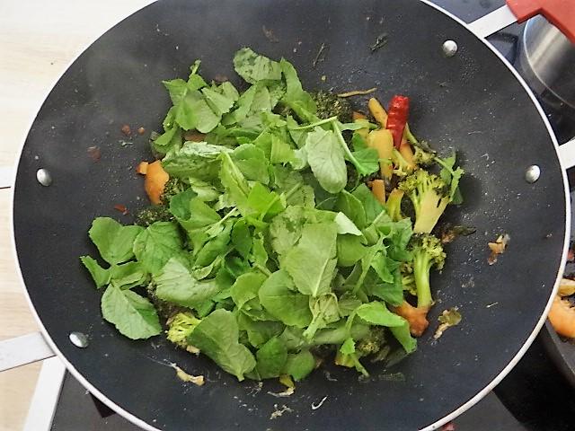Brokkoli mit Garnelen (13)