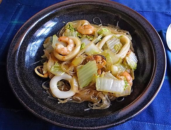 Spitzkohl mit Meeresfrüchten (1)
