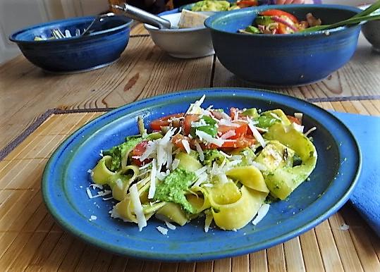Tomaten Avocado Salat mit (12)