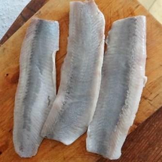 1Marinierter Hering,Rote Bete Salat, Bratkartoffeln (10)