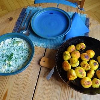 1Marinierter Hering,Rote Bete Salat, Bratkartoffeln (24)