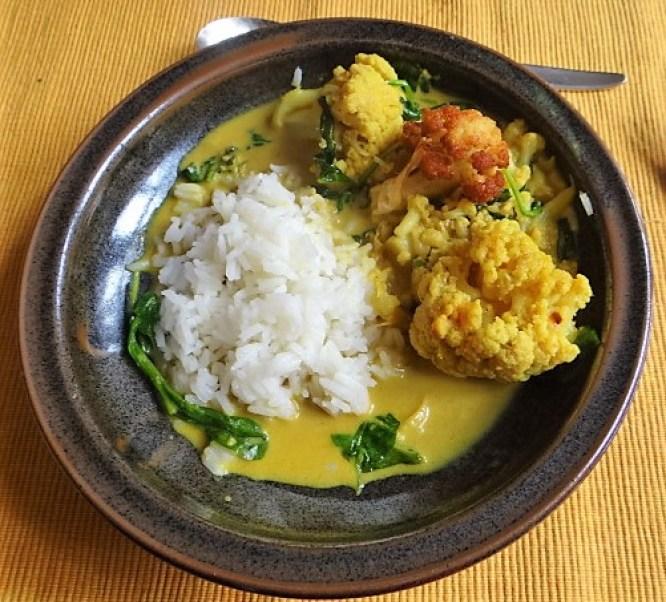 Blumenkohl Curry mit Blattspinat,Jasminreis (1)