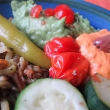 Kartoffel Zoodles, Gemüse im Gärkorb, Ajvar Feta Creme, Guacamole (25)