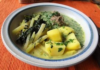 Rindfleisch in Petersiliensauce, Kohlrabigemüse,Salzkartoffeln (23)