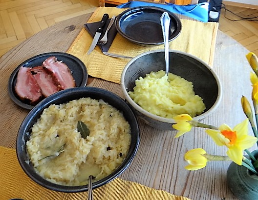 Sauerkraut,Wellfleisch,Kartoffelstampf (13)