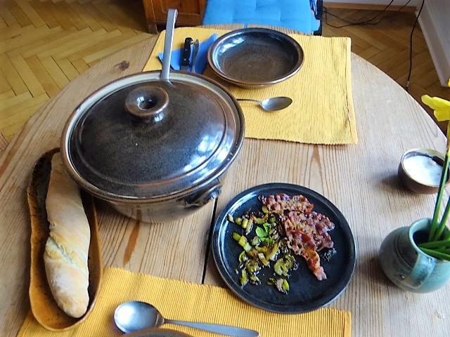 Selleriesuppe-leicht orientalisch (18).JPG