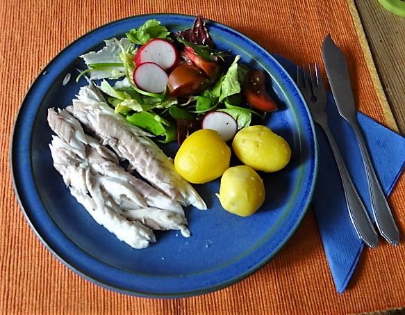 Wolfsbarsch,Salat,Kartoffeln (1)