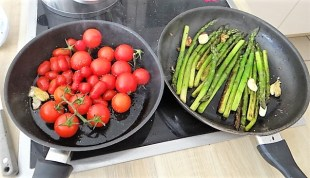 Grüner Spargel,Tomaten und Garnelen (10)