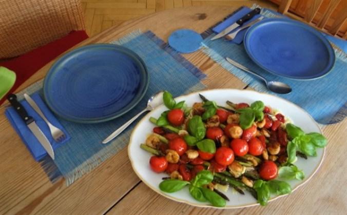 Grüner Spargel,Tomaten und Garnelen (16)