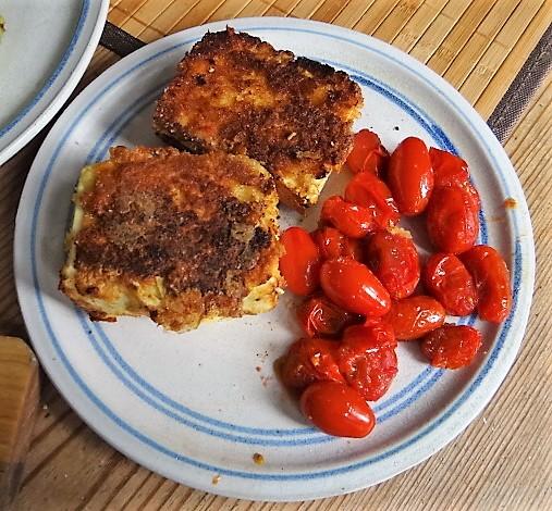 Gebratenes Gemüse mit gebackenem Feta und Kartöffeltaler (6)