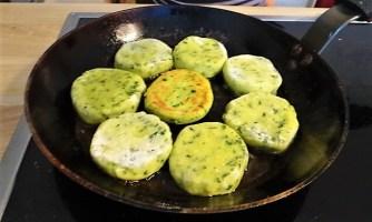 Kartoffeltaler mit Guacamole und Wildkräutersalat (19)